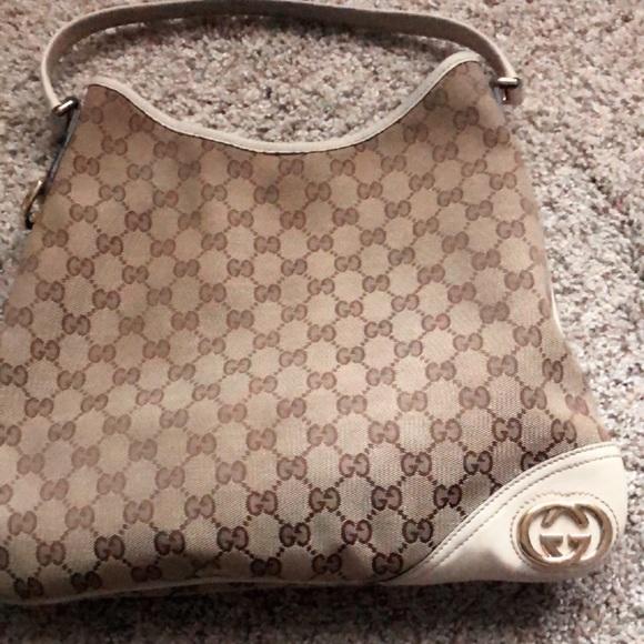 Gucci Handbags - GUCCI BRIT MINI HOBO BAG 💼